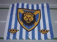 x58px1-1G Hangende banier 16x16 blauwe strepen schild met leeuwenkop (vcanvas) wit gebruikt *5K000