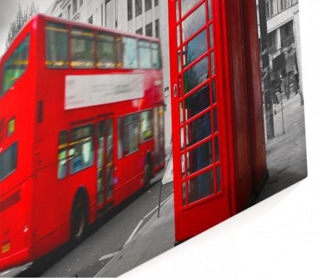 Tablou modular, Autobuzul roșu și cabinele telefonice