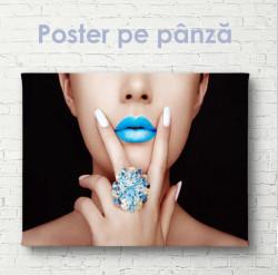 Poster, Fată cu buze albastre