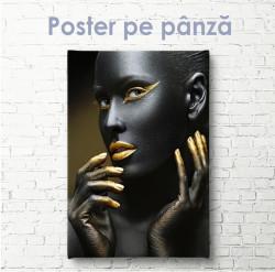Poster, Fată frumoasă cu elemente aurii