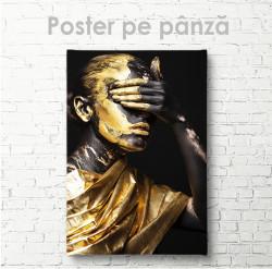 Poster, Fată cu vopsea aurie