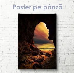 Poster, Arc natural în stâncă