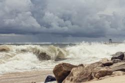 Tablou modular, Vreme furioasă lângă mare