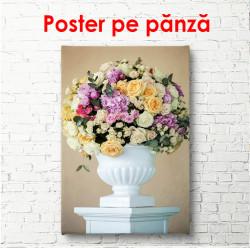 Poster, Vaza de flori pe un fundal delicat