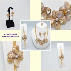 Set bijuterii cu sidef si perle SWAROVSKI ELEMENTS - platinium