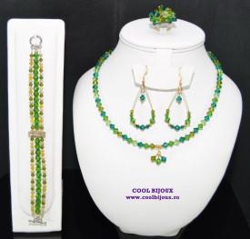 Set bijuterii cu cristale SWAROVSKI ELEMENTS - green