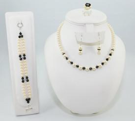 Set bijuterii cu cristale si perle SWAROVSKI ELEMENTS - cream pearl