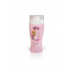 Gel de dus revigorant cu parfum de magnolie si fistic - 330 ml