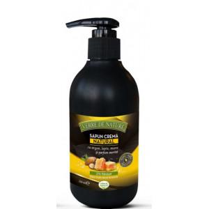 Sapun crema natural cu lapte, miere si parfum asortat - 240 ml