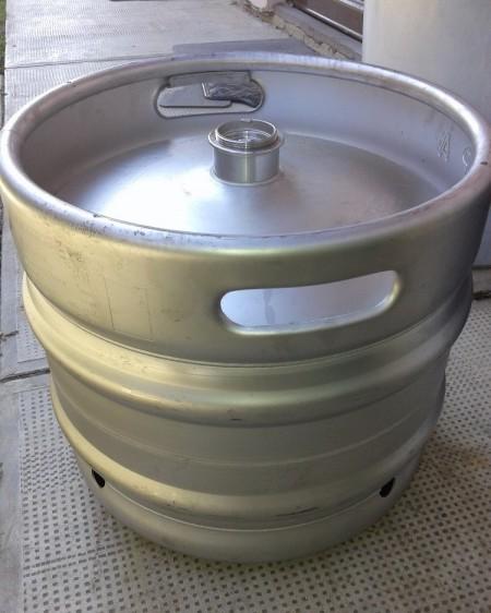Bure za pivo sa priključnom glavom 30L