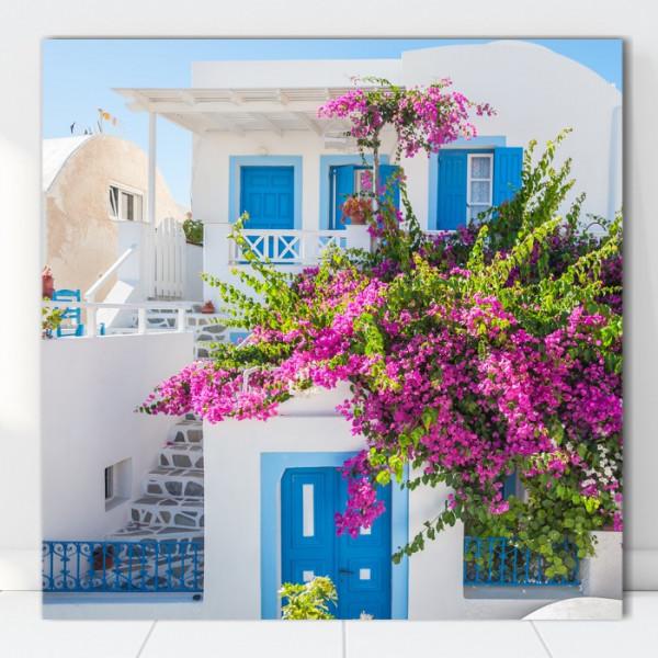 Tablou Canvas Casa Alba cu Flori Bougainvillea, Creta, Grecia GRTV29
