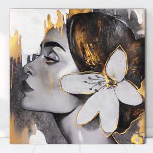 Tablou Canvas Artistic Femeie Cu Floare la Ureche MART16
