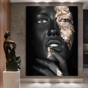 Tablou Canvas Portret Fashion Negresa cu Machiaj Auriu BGM65