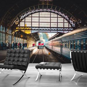 Fototapet Tren pe Calea Ferata in Gara GAR1