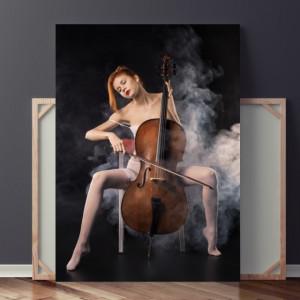 Tablou Femeie Sexy cu Instrument Muzical SX38
