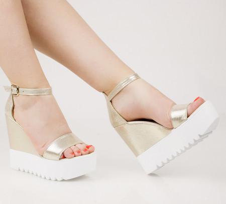 Sandale dama cu platforma aurii COD:TR394