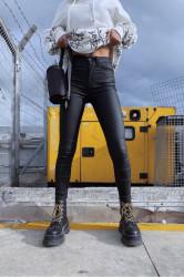 Pantaloni din piele ecologica COD:608