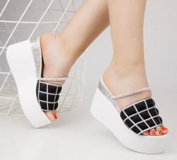 Papuci dama cu platforma negrii COD:TR297