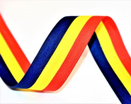 Tricolor 30 mm - 50 m rola