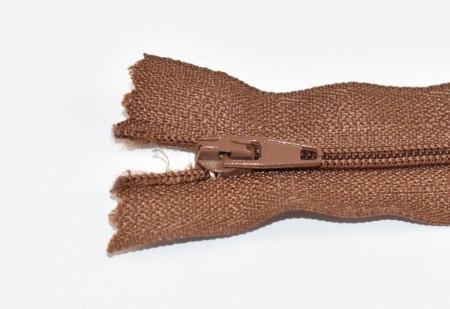 Fermoare nylon fixe nr. 3 - 20 cm maro deschis