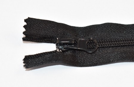 Fermoare nylon fixe nr. 5 - 35 cm negru