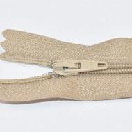 Fermoare nylon fixe nr. 3 - 20 cm bej