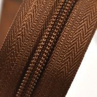 Fermoare nylon detasabil nr. 5 - 70 cm maro