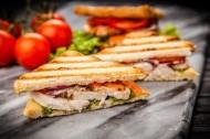 Sandwich Maker Blaupunkt SMS401, 700 W, 4 sandwich-uri triunghi, placi antiaderente