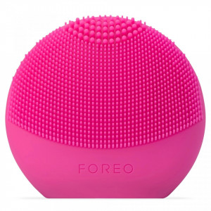 Dispozitiv de curatare faciala Foreo Luna FOFO Play smart Fuchsia cu 2 zone si baterii, roz inchis