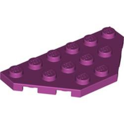 Magenta Wedge, Plate 3 x 6 Cut Corners - new