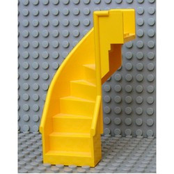 Yellow Stairs 6 x 6 x 9 1/3 Curved Enclosed - used
