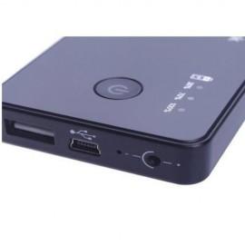 Mobil töltő kinézetű HD 720p mini kamera mozgásdetektoros kép