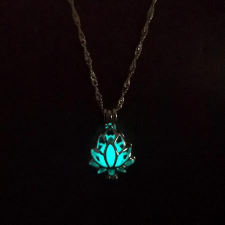 Lantisor Dama luminos Lotus - turcoaz COL156-V3