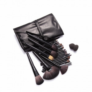 Set 24 pensule de machiaj, cosmetica, make-up profesional