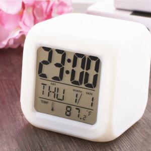 Ceas de birou, camera, cameleon cu alarma PM-0001
