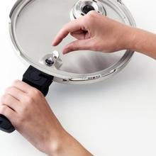 Oala sub presiune Fissler Vitaquick, capacitate 4.5 Litri, diametru 22 cm, inductie, masina de spalat vase, fabricata in Germania.