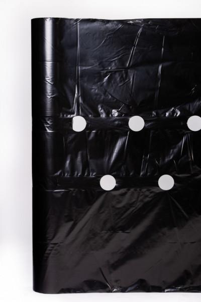 FOLIE PERFORATA 30 (μ), 1.40 metri latime, pentru capsuni