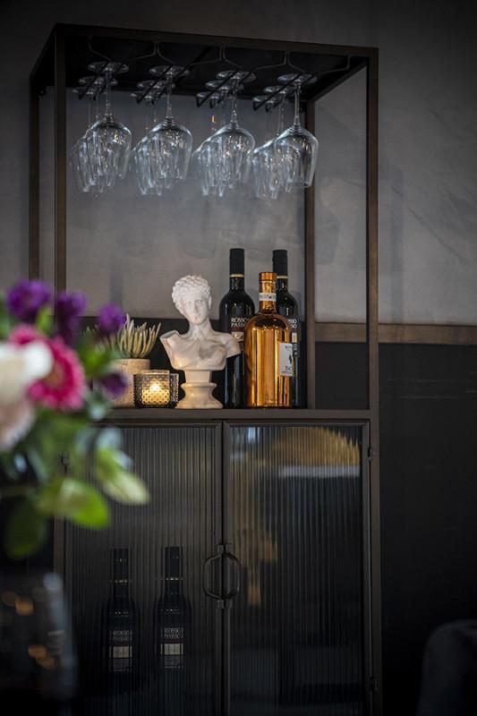 Dulap pentru sticle si pahare Ventana Collection