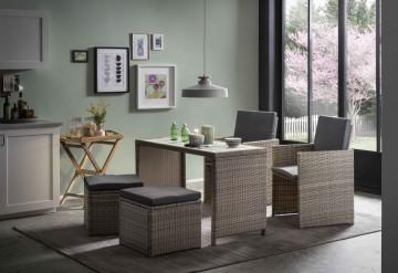 Set 2 scaune, 2 taburet si masa pentru gradina din ratan maro