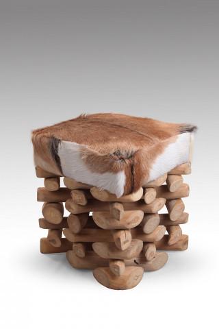 Scaun din tec reciclat cu piele de capra Romanteaka maro