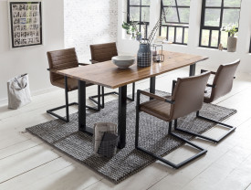 Set masa dreptunghiulara din lemn de salcam cu 4 scaune din piele artificiala maro deschis 160x85 cm