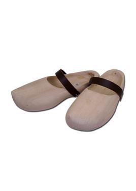 Sapatos em madeira [CB3133000100]