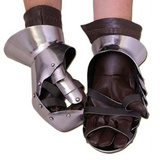 Milanese Steel Gauntlets [MIULF-PA-01]
