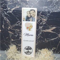 Cutie de vin personalizata cu nume text si poza M2