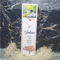 Cutie de vin personalizata cu poza nume si text