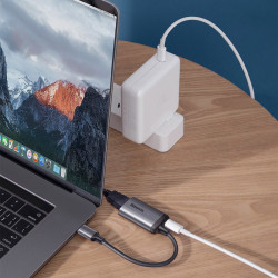 Adaptor / hub Baseus Enjoy USB Tip C la VGA + PD HUB Convertor pentru MacBook / PC gri (CAHUB-O0G)