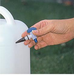 Robinet universal pentru bidoane din plastic