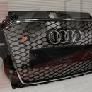 Grelha Audi A3 8V RS3 preta com aro cromado