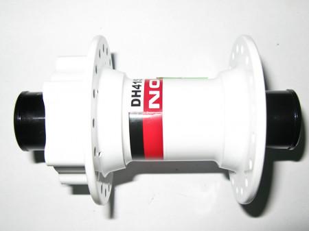 Butuc fata Novatec DH41SB bolt-on, Alb