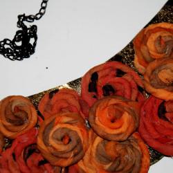 Колие от естествена коприна